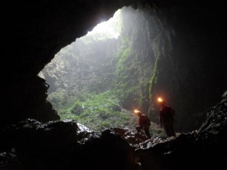 """Alla base del """"sotano"""", quarto ingresso di Sulpan Maliw"""